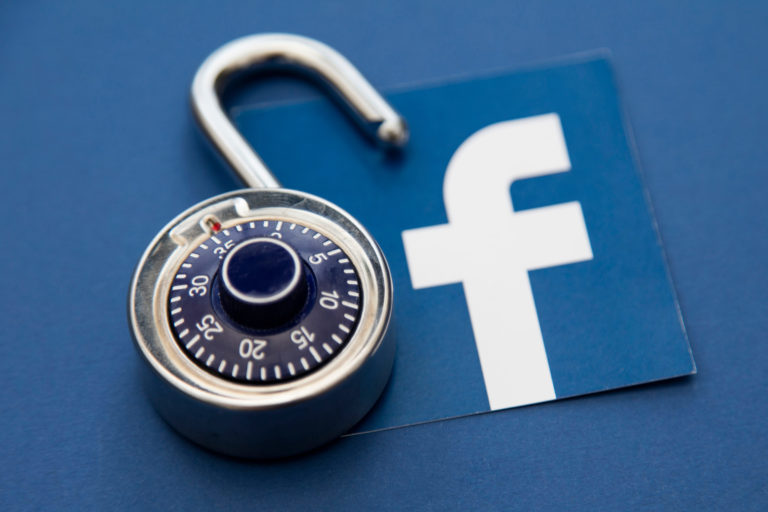 Hacking Method for Facebook Messenger Account Without Risking Getting Caught